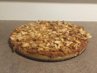 jabolčna torta iz krhkega testa